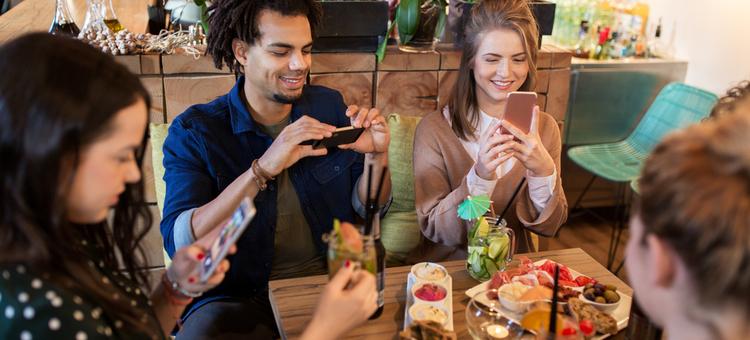 restaurant viral videos
