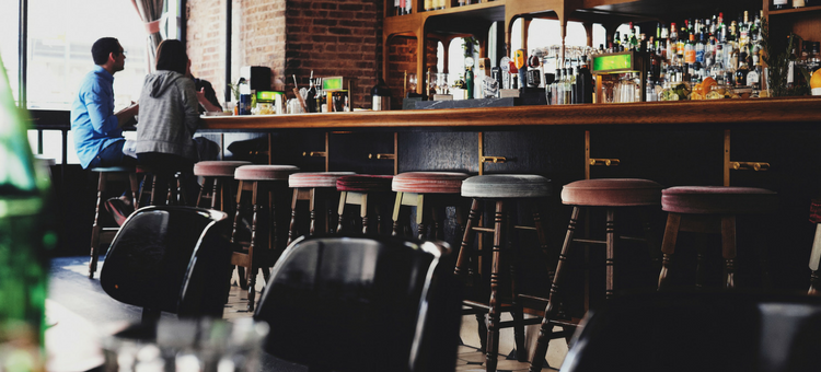 Increase Midweek Bar Business: 8 Strategies to Try Now