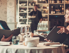 bar and restaurant pricing strategy