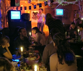 Beginner's Guide to Hosting Your First Trivia Bar Event