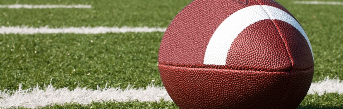 6 Ways to Draw Big Crowds to Your Bar During Football Season