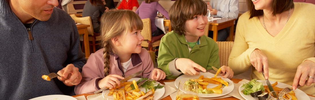 8 Ways to Make Your Restaurant Family Friendly
