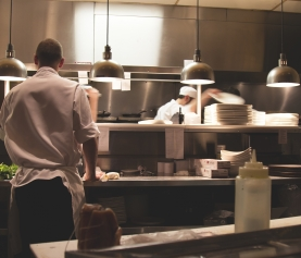 4 Ways to Improve Efficiency in Your Bar or Restaurant