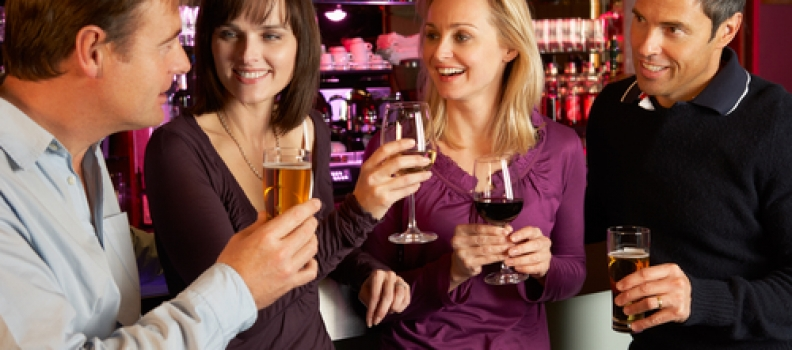 5 Ways to Keep Your Bar Business Booming After Football Season