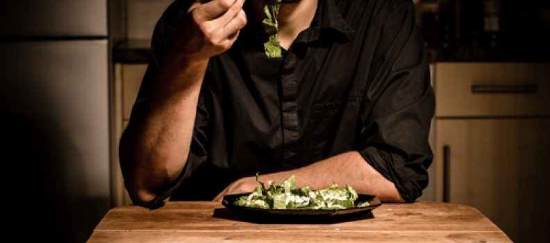 Report: 47% of Meals Are Eaten Alone at Restaurants