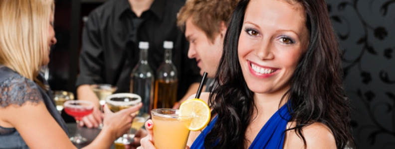 6 Tips for Promoting a Successful Happy Hour at Your Bar